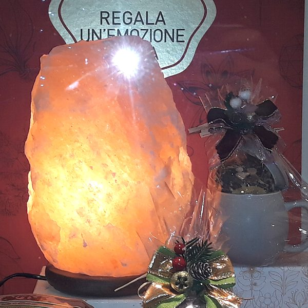 Lampada di sale rosa dell 39 himalaya ditte aziende diverse for Lampada sale himalaya